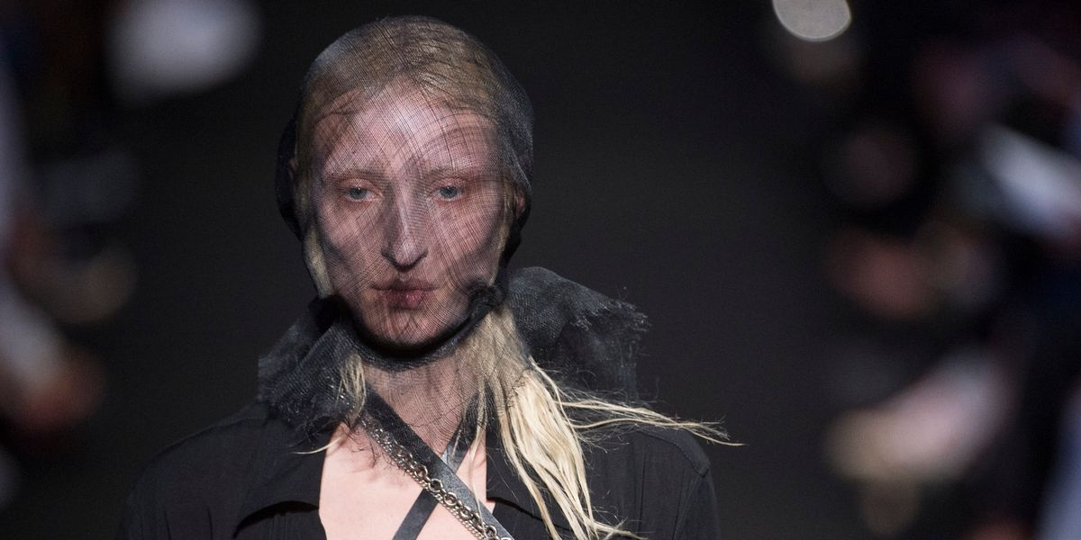 A Famous Corpse Inspired Ann Demeulemeester's Haunting Runway