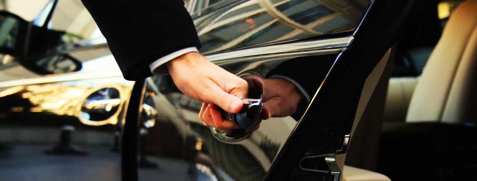 Benefits Of Booking Your Taxi Transfer Service Online