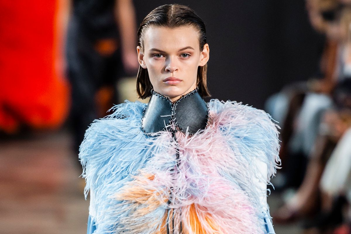 Loewe's Earthy, Feather-Filled Spring Collection