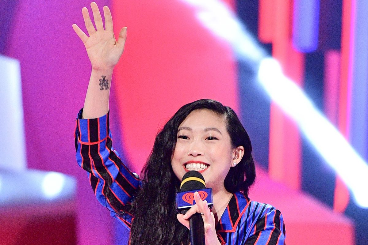 How Is Awkwafina the First Asian Woman to Host SNL In 18 Years?