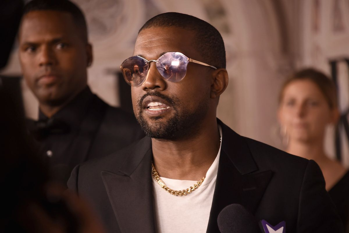 Kanye West Rants About Trump After SNL Performance
