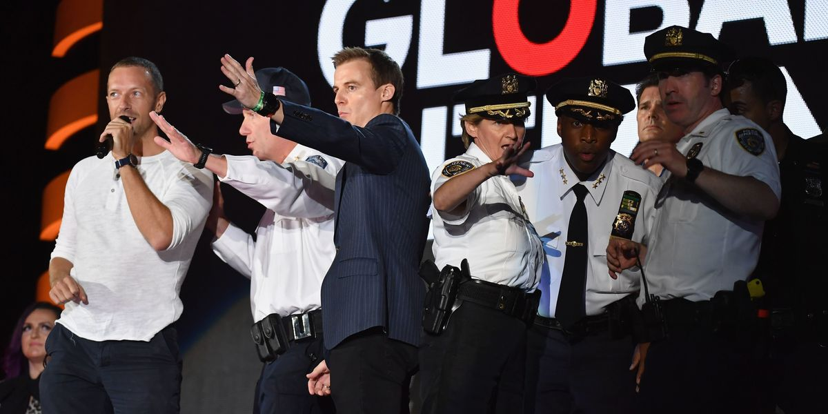 Barrier Collapse Causes Stampede at the Global Citizen Festival