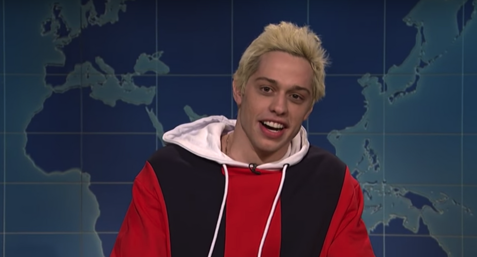 Pete Davison Puts The 'L' In 'SNL' By Joking About Putting Tic Tacs In Ariana Grande's Birth Control