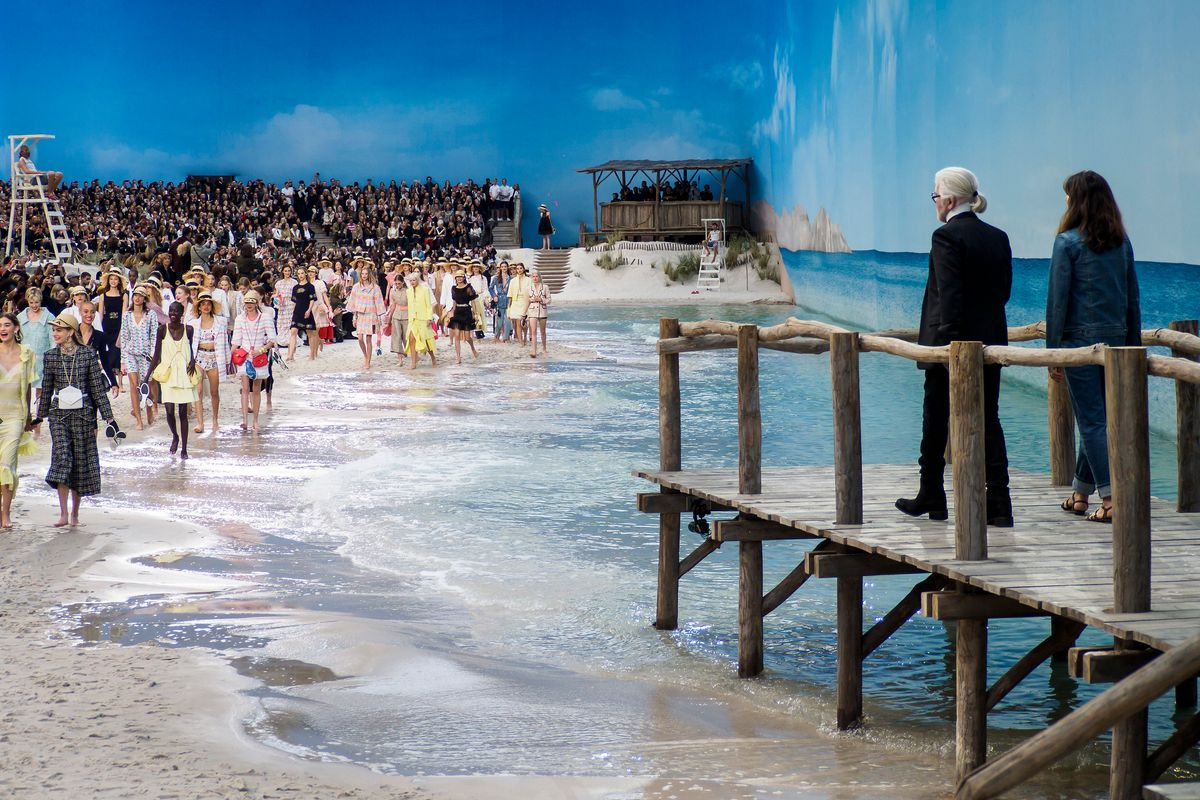 Karl Lagerfeld Built a Beach for Chanel's Spring Show