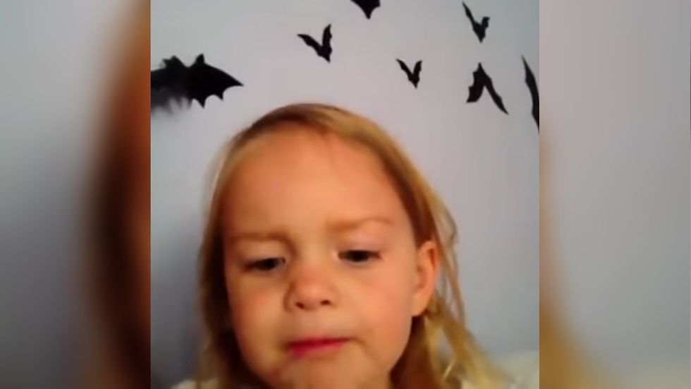 13 Halloween Vines That Will Bring Your Spooky Soul Back From The Frickin' Dead
