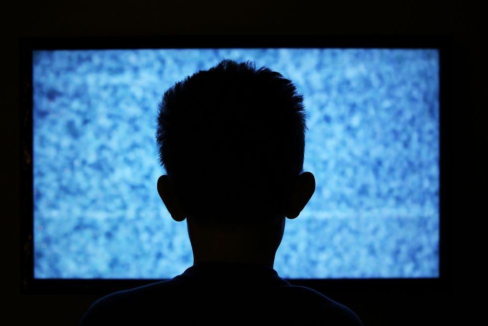 Parents Who Set Limits on Tech Use Have Smarter, Healthier Kids