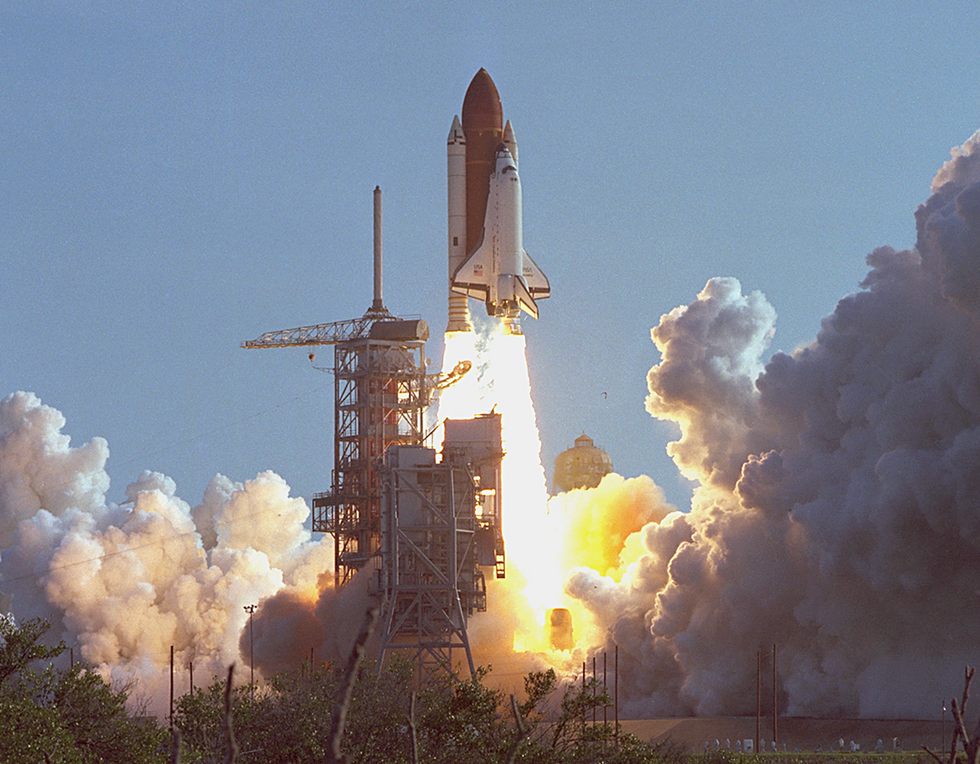 30 Years Ago Today: Discovery's Maiden Voyage