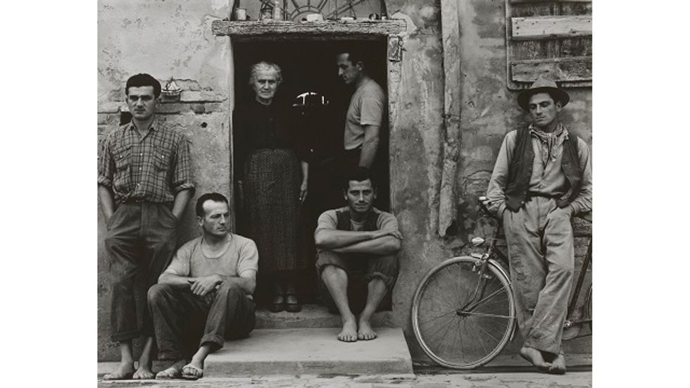 """How Paul Strand Photographed the """"People's History"""""""