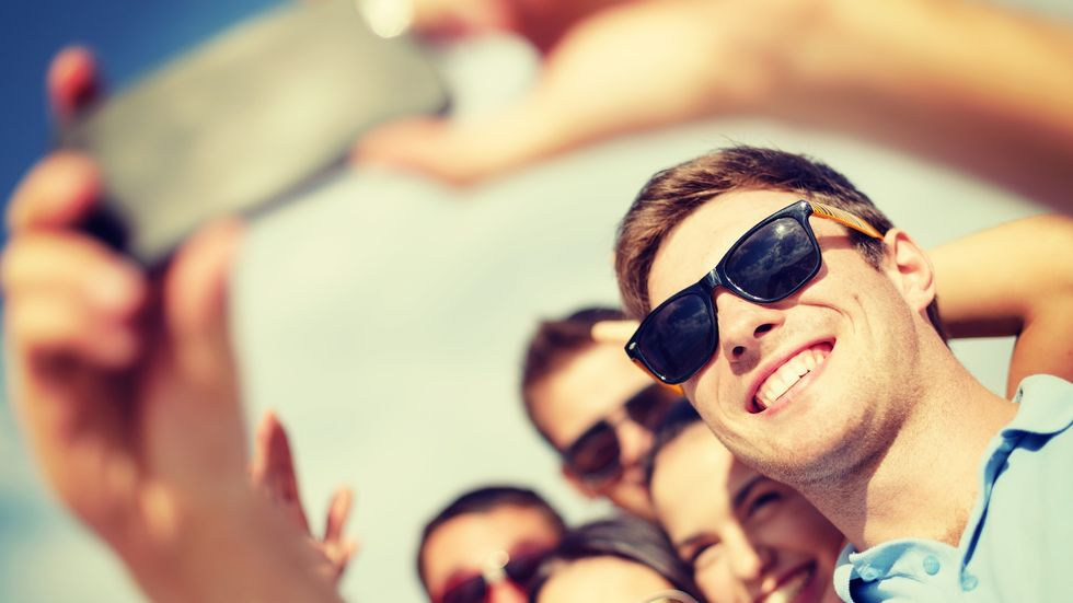 Men Who Post Lots of Selfies Score Higher for Psychopathy, Narcissism