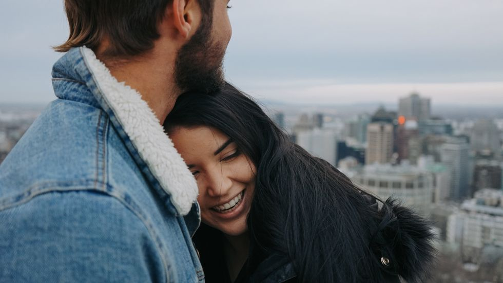 6 Signs He's Definitely Trying To Cuff You This Cuffing Season