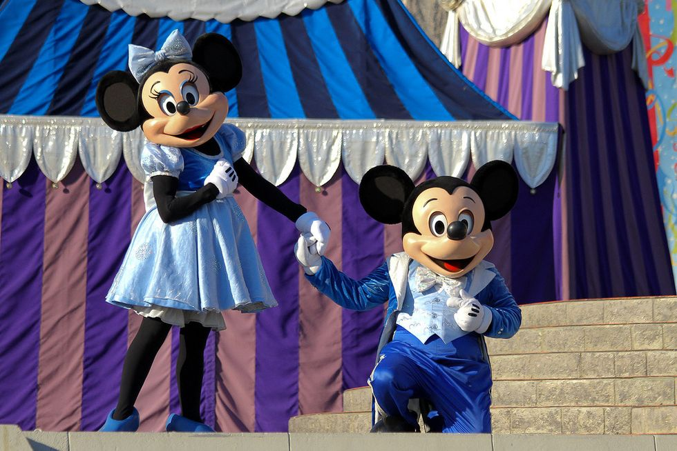 90 Things to do in Disney World to Celebrate Mickey's 90th Birthday!