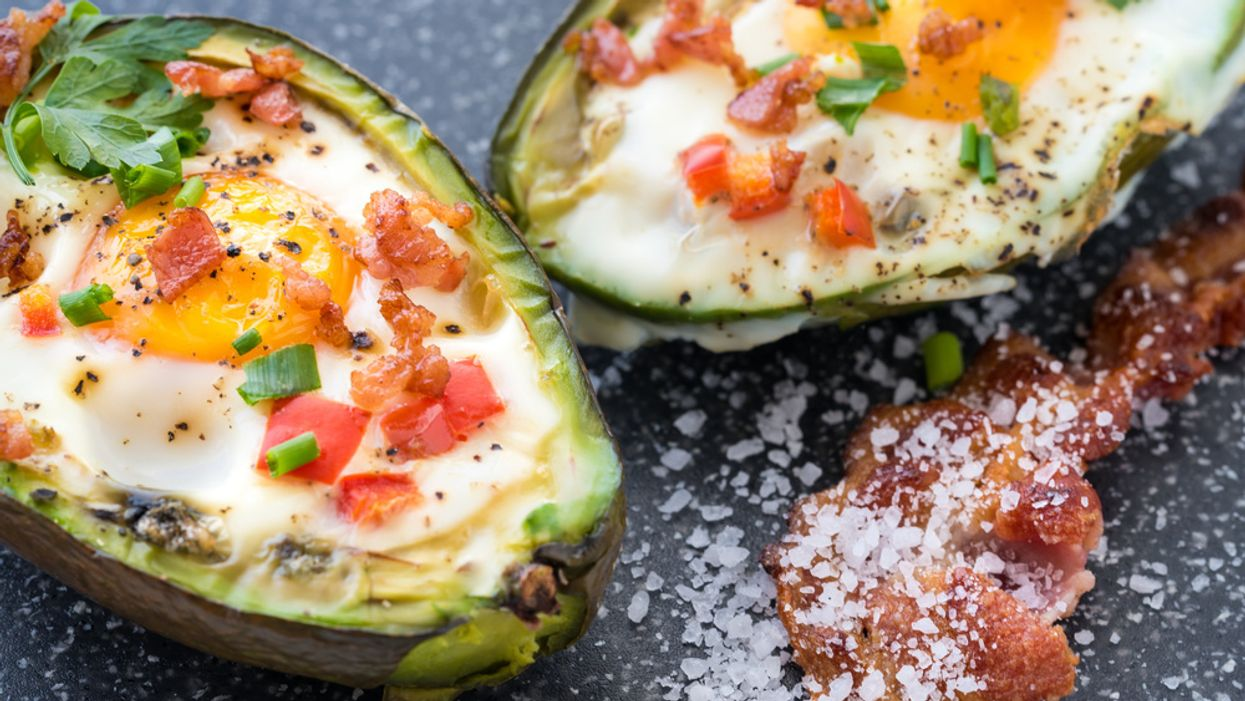 avocado eggs with bacon and cheese