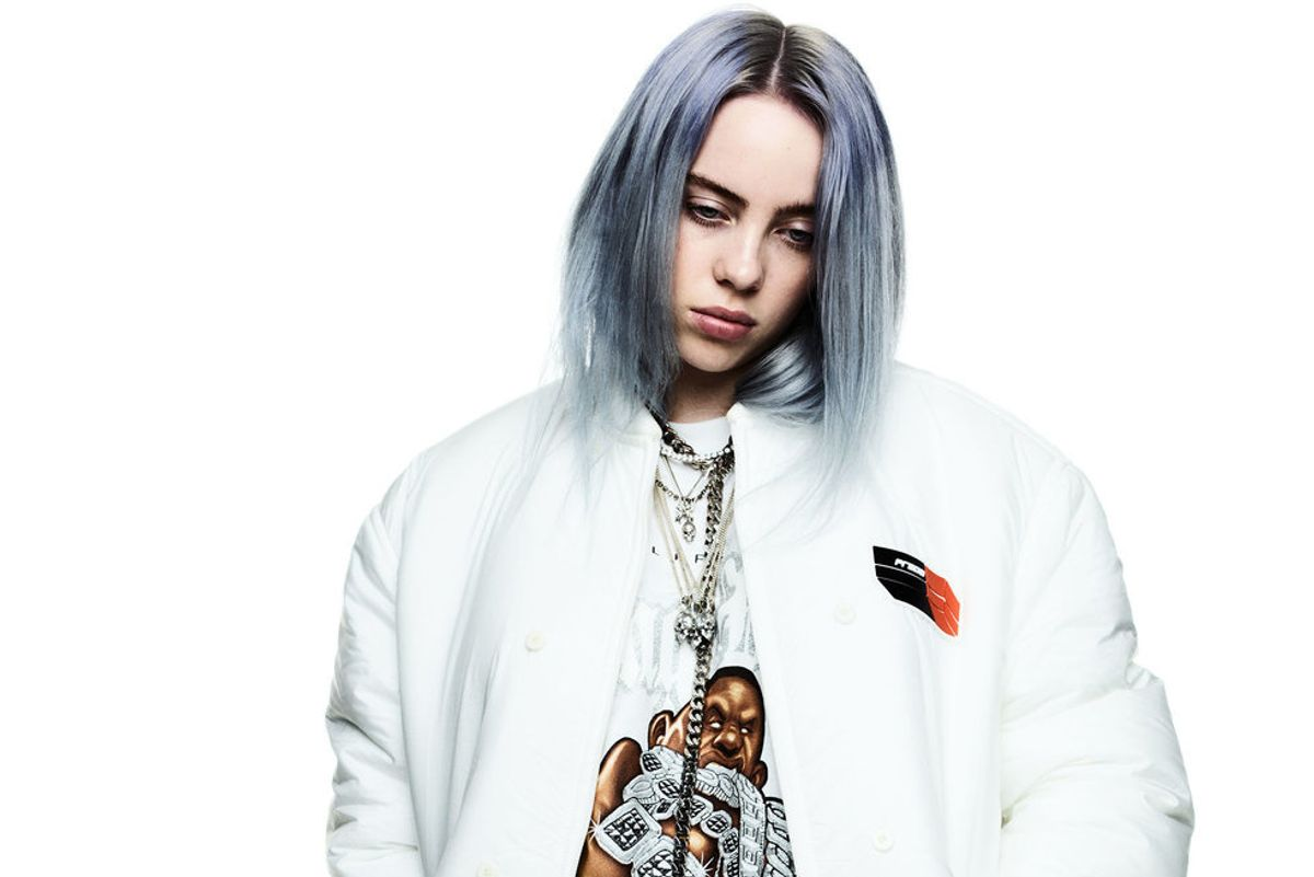 Billie Eilish Just Got Signed to a Major Modeling Agency