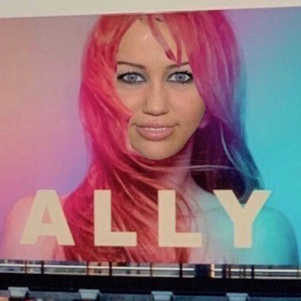 The Miley Cyrus Blue Eyes Meme Is Leading Me Into Madness