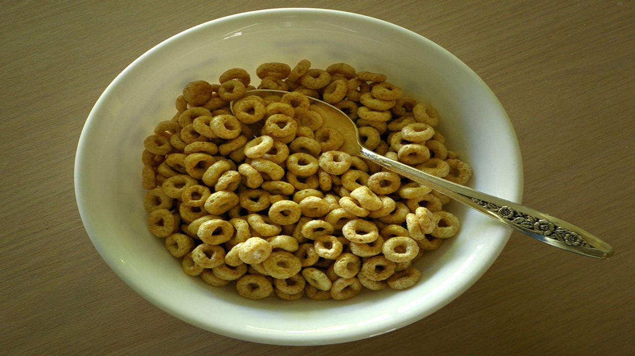 Cheerios, Quaker Oats and Snack Bars Test Positive for Glyphosate