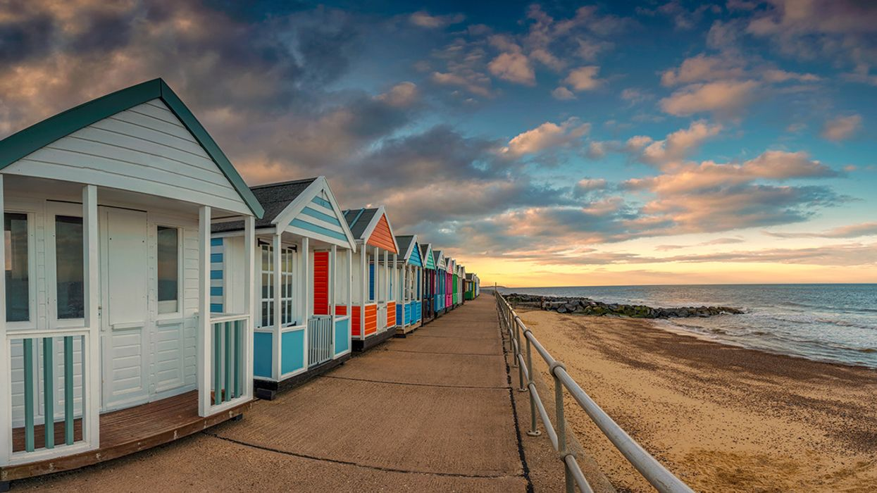 1.2 Million Coastal Homes in England at Risk from Sea Level Rise by 2080