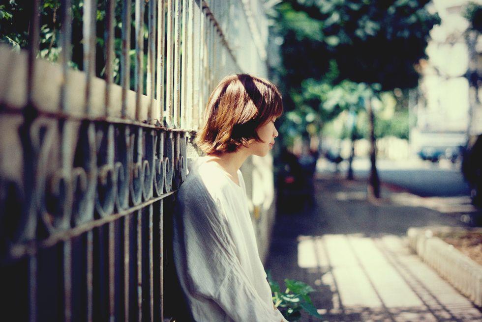 https://www.istockphoto.com/photo/depressed-woman-sitting-in-the-dark-bedroom-gm680834894-124805403