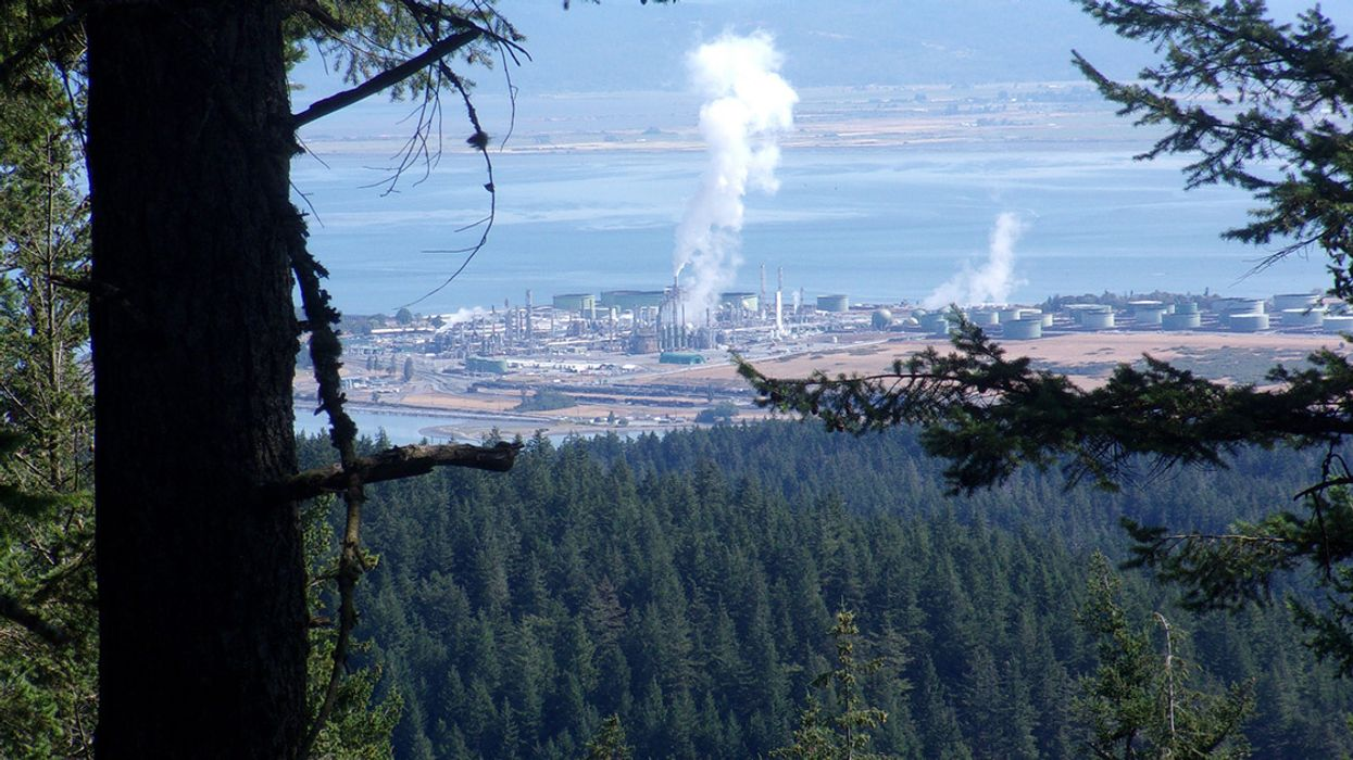 Big-Oil Funded Campaign Misleads Latino Voters on Washington State Carbon Tax