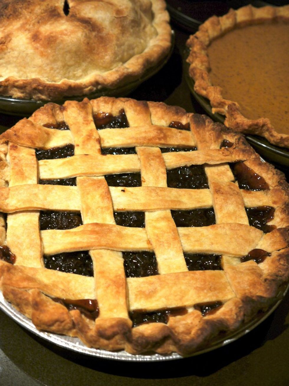 The 11 Pies That Are Acceptable At Your Thanksgiving Table, Accept No Substitutes