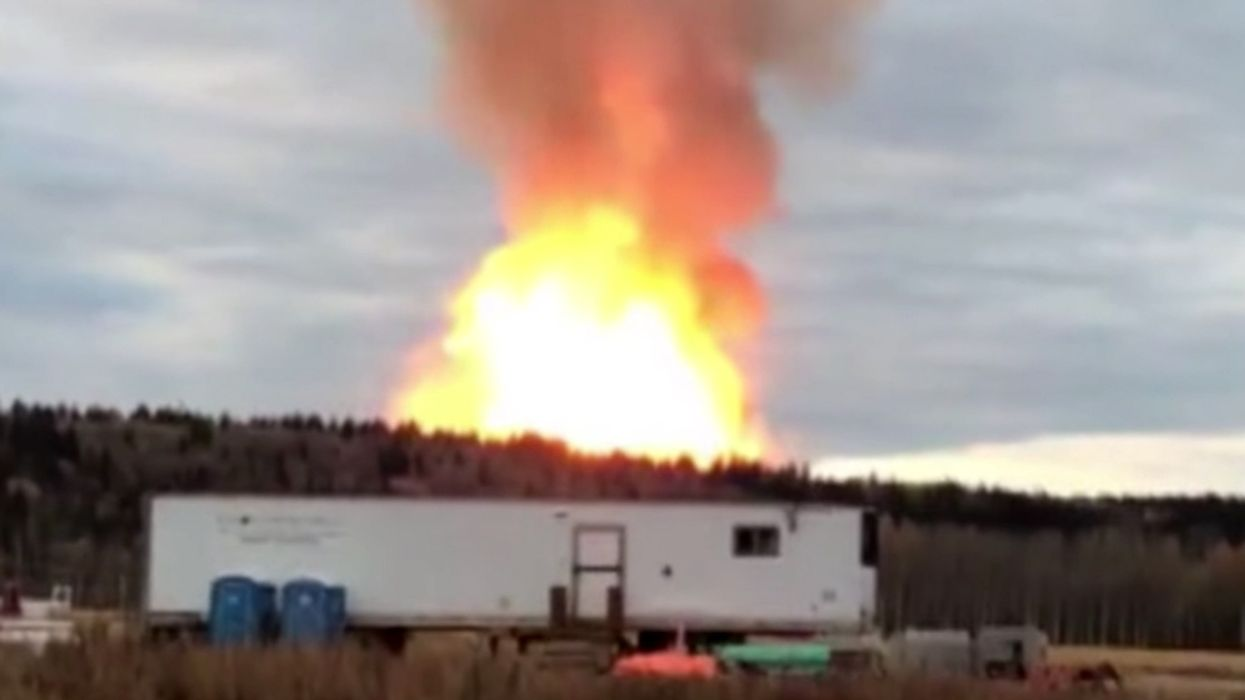Enbridge Pipeline Explosion Forces First Nations Community to Flee