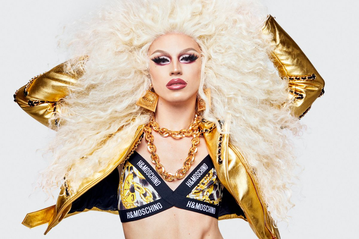 Aquaria Is a Golden Goddess For Moschino x H&M