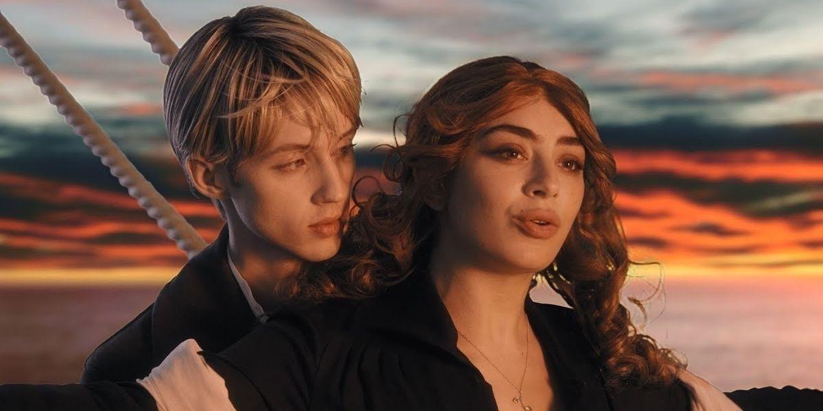 Watch Troye Sivan and Charli XCX Reenact 'Titanic'