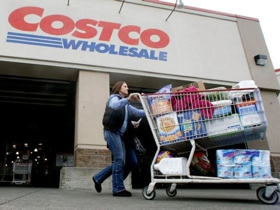 7 Reasons Costco Is Every College Kid's Real Bae