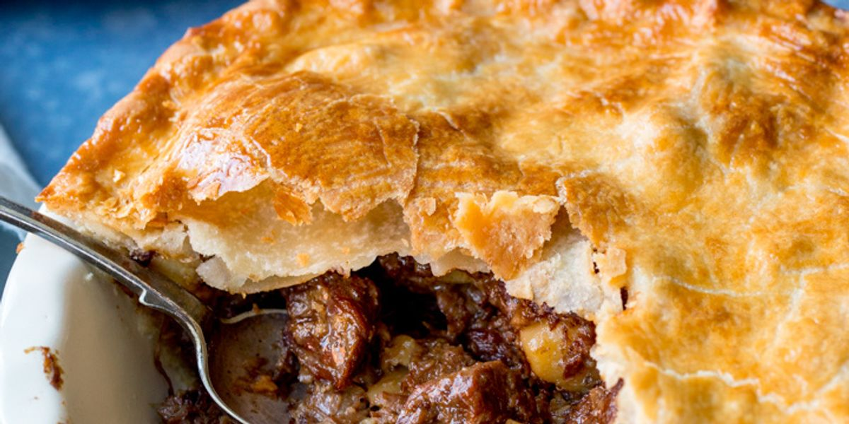 Rich and Tasty Slow-Cooked Steak Pie - My Recipe Magic
