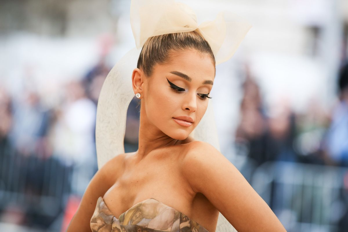 Ariana Grande Quits Social Media Post-Pete Davidson