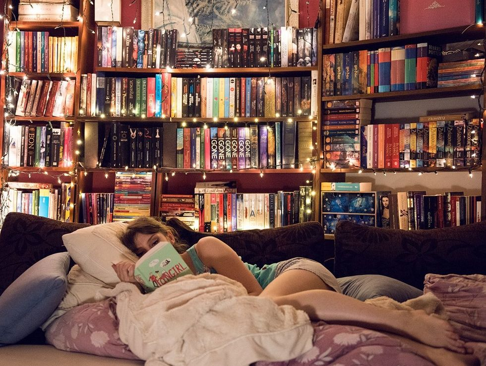 5 Insanely Entertaining Books To Get You Back Into Reading
