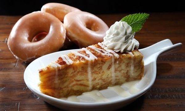 This Louisiana Based Chain Uses Krispy Kreme Donuts To Make Their Bread Pudding It S A Southern Thing