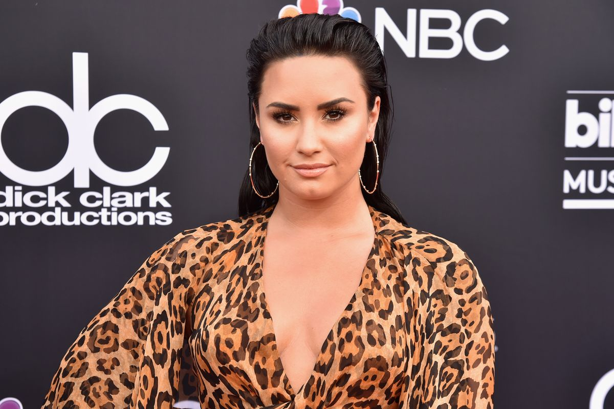 Demi Lovato Claps Back at Fan Who Called Her Team 'Rotten'
