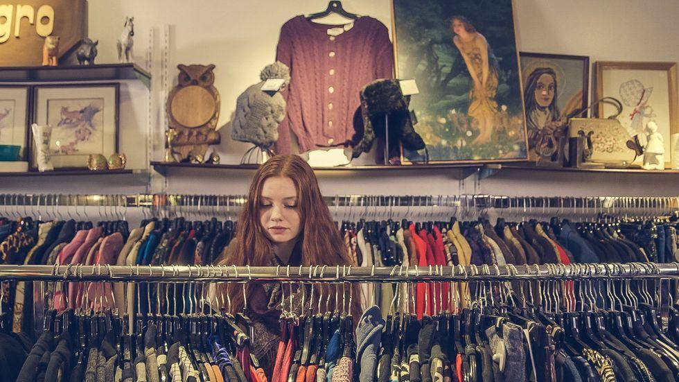https://burst.shopify.com/photos/vintage-shopping
