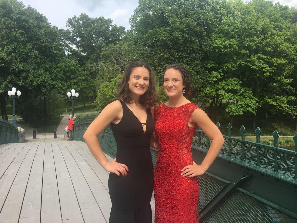 twin prom photo