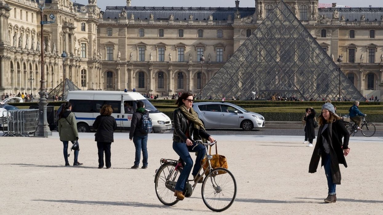 World's Largest E-Bike Fleet to Roll Out in Paris Region