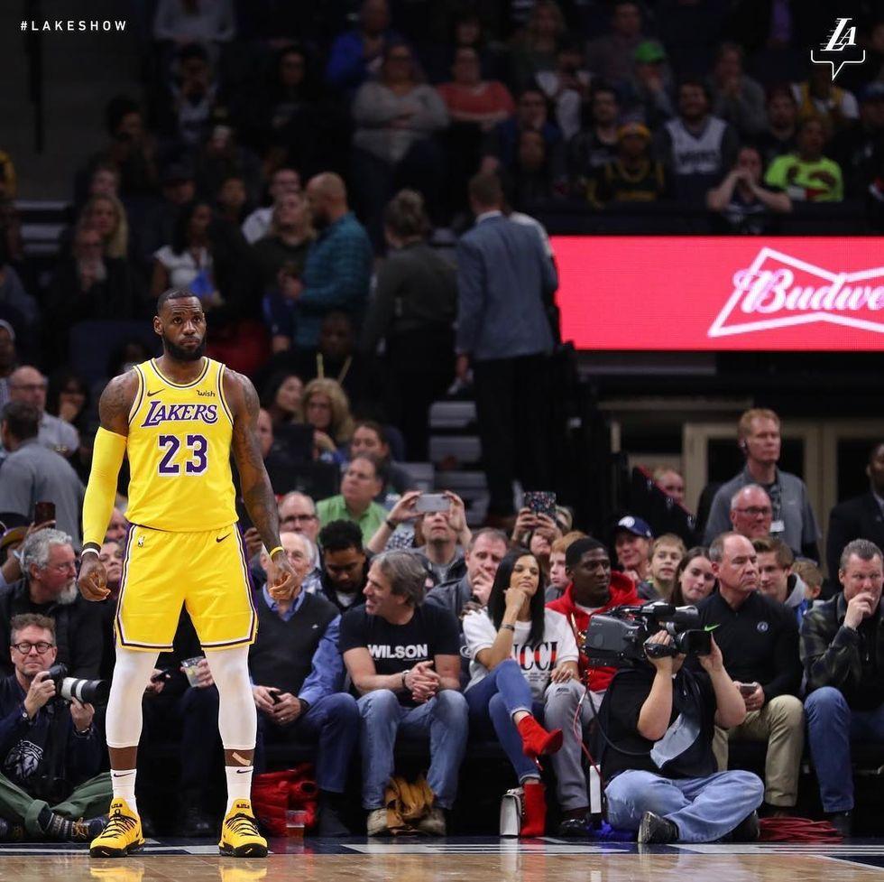 Lakers Struggle Early
