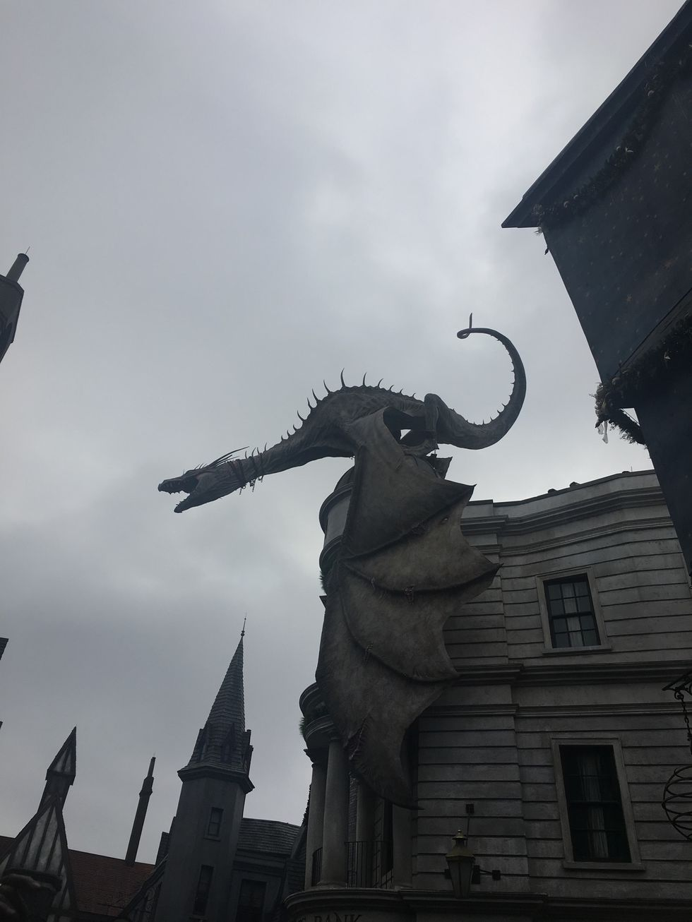 11 Things That Make The Wizarding World At Universal Pure Happiness For All Potterheads