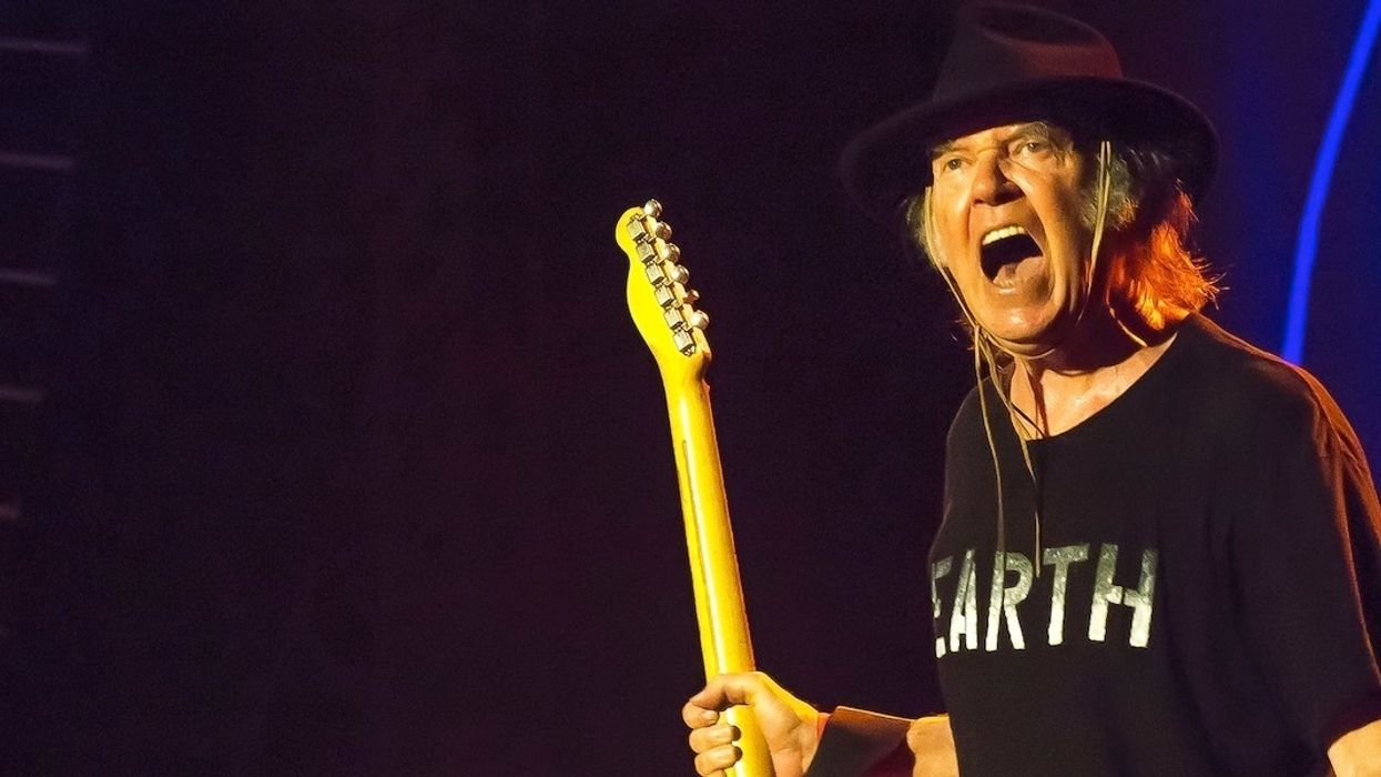 'Unfit Leader': Neil Young Loses Home to Fire, Rips Trump for Insensitive Tweet