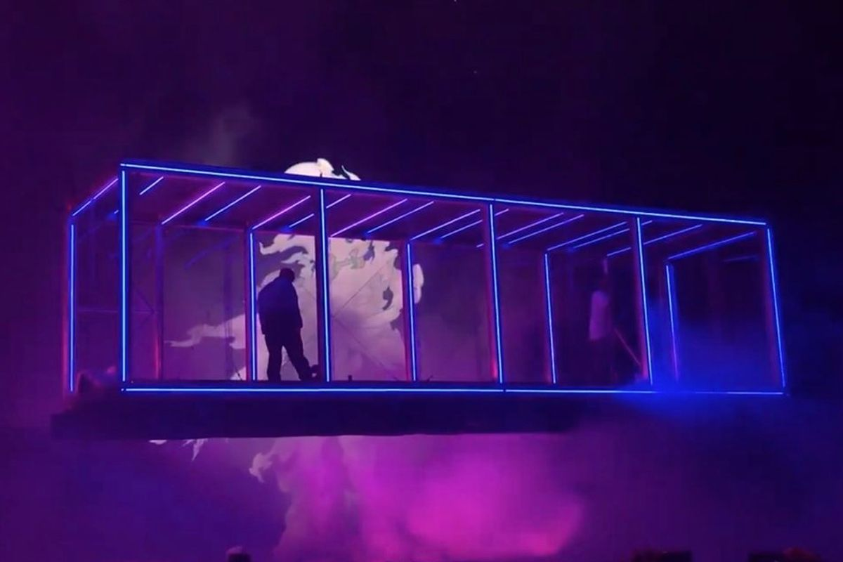 Did Kanye And Kid Cudi Steal Lorde's Stage Design?