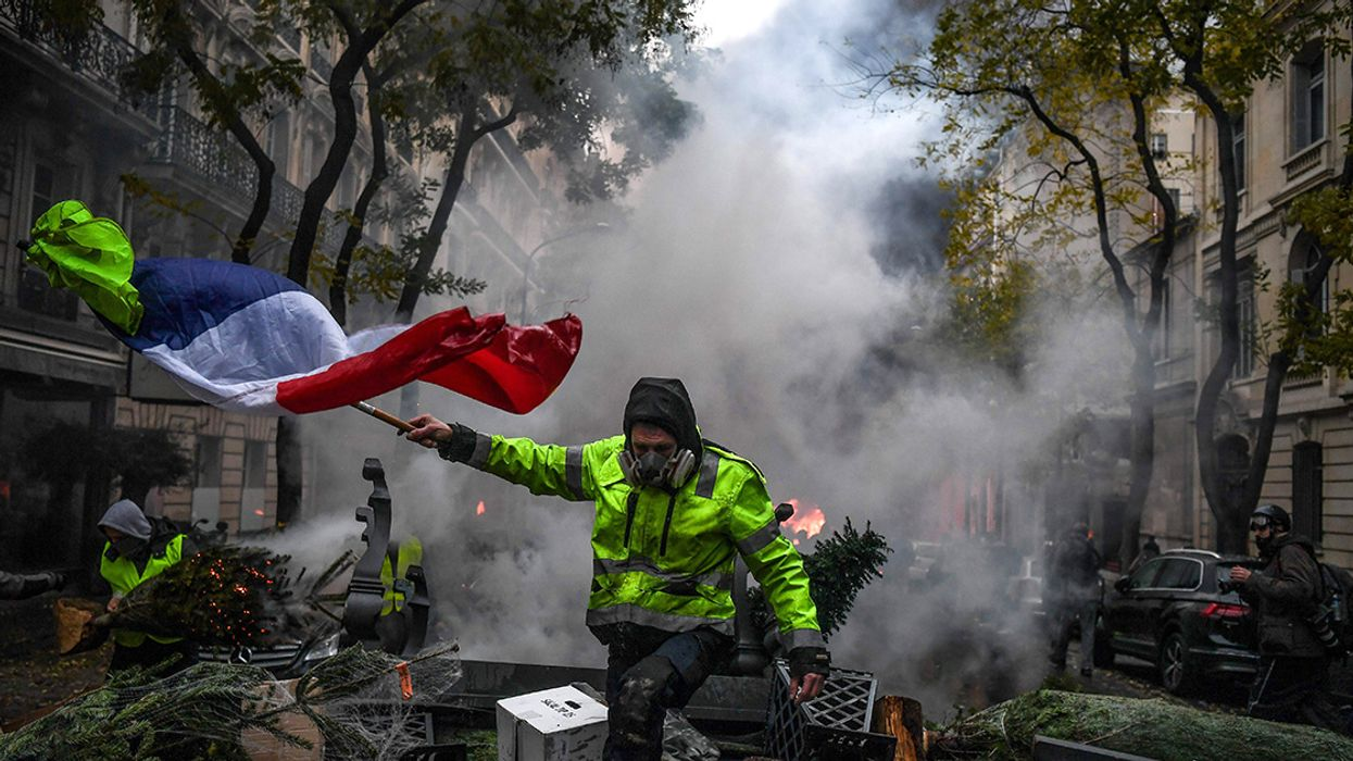 Hundreds Injured in Paris Protests Over Vehicle Fuel Tax