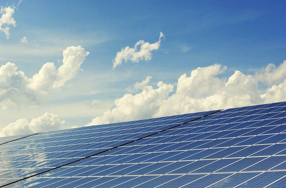 Going Green for Good: 3 Benefits of Solar Energy