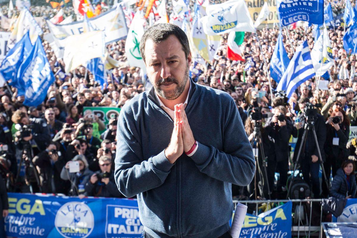 La piazza di Roma battezza una Lega nazional popolare che vuol prendersi l'Italia