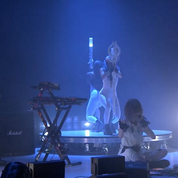 Watch Grimes Perform 'We Appreciate Power' Live on 'Fallon'