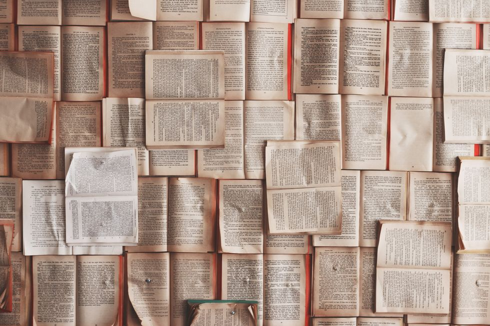 5 Books Recommendations From An English Major To Read This Winter Break