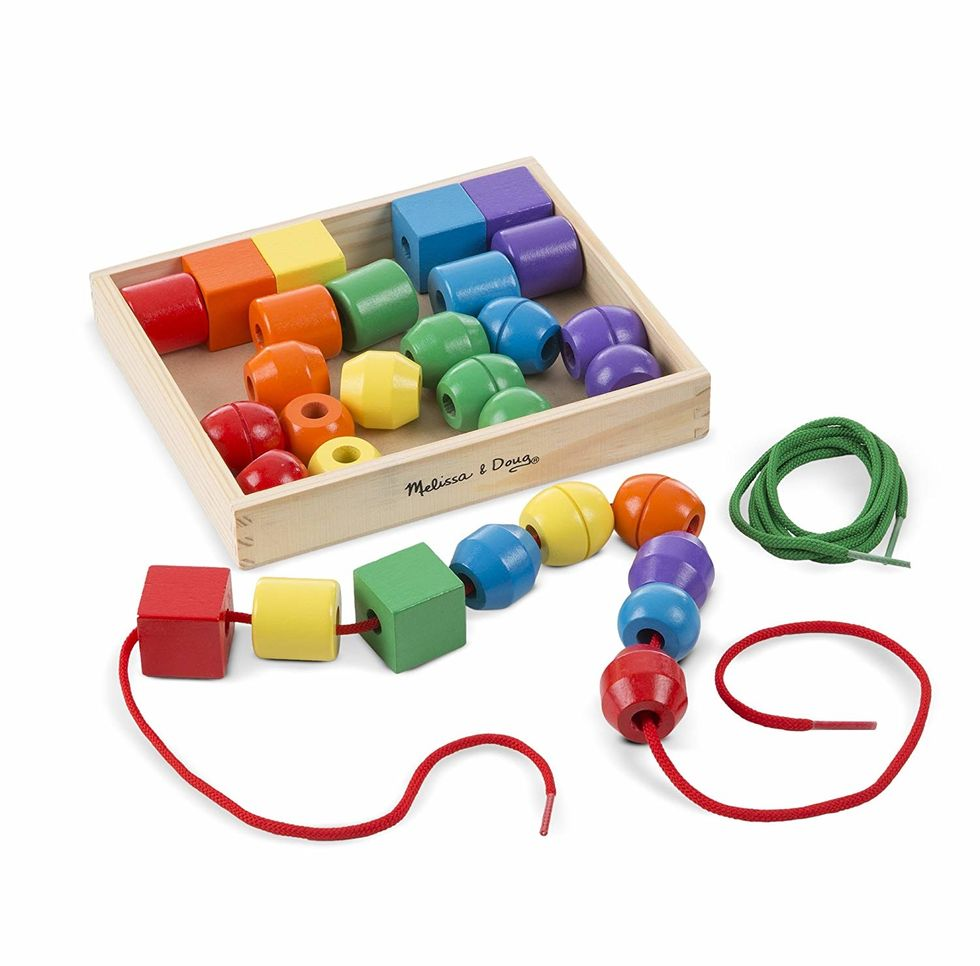 kids counting beads