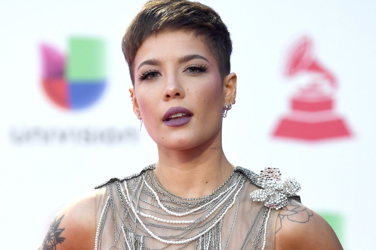 Halsey Tells Ariana Grande's Internet Haters to Shut Up