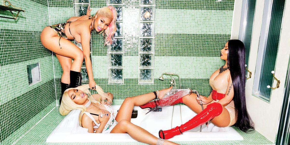 Break the Internet: Minaj à Trois