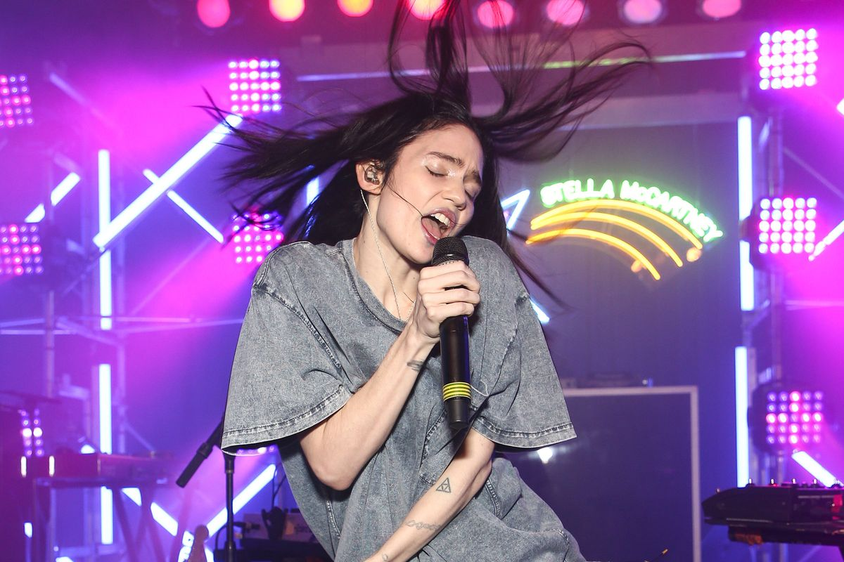 Grimes Is Dropping New Music Later This Week