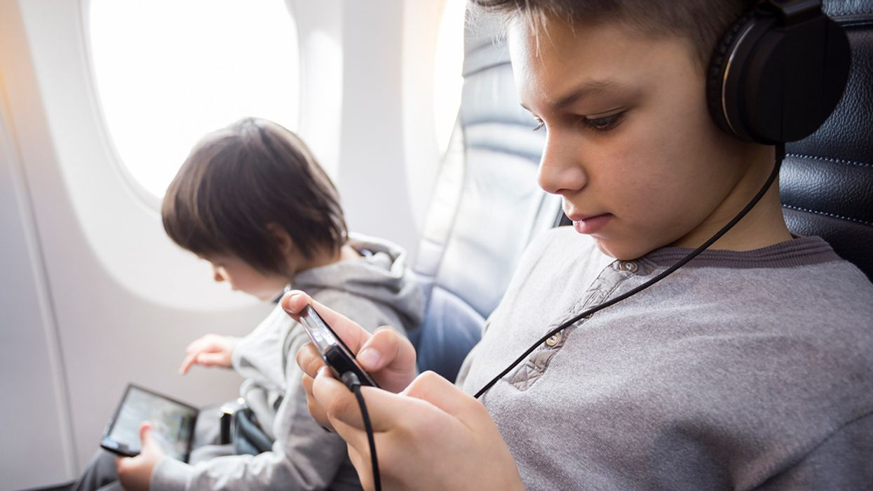 5 Tips to Protect Kids From Cellphone Radiation During Holiday Travel