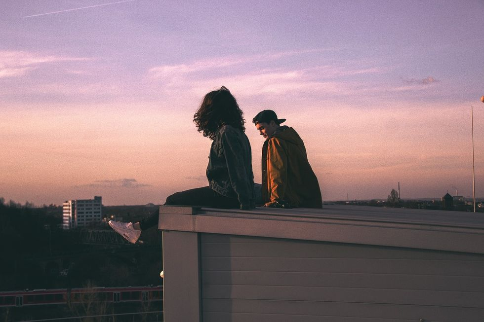 Stop Apologizing Because You Just Want To Be Friends— The Friend Zone Doesn't Exist
